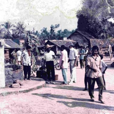 കിംഗ് സോളമന് ചലത്രത്തിനുവേണ്ടി ആലുവയ്ക്ക്സമീപം തയാറാക്കിയകൃത്രിമ ചേരിയുടെ സെറ്റ്